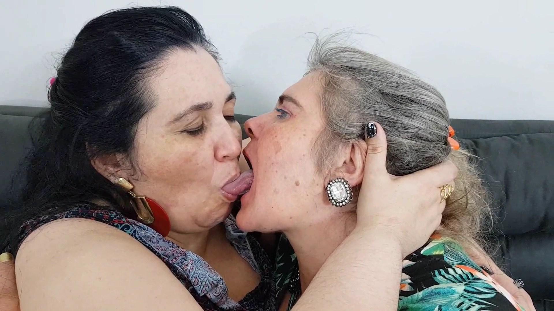 Brazilian Lesbian Wet Kissing